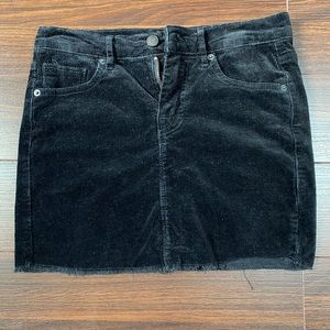 BRANDY MELVILLE BLACK CORDUROY MINI SKIRT